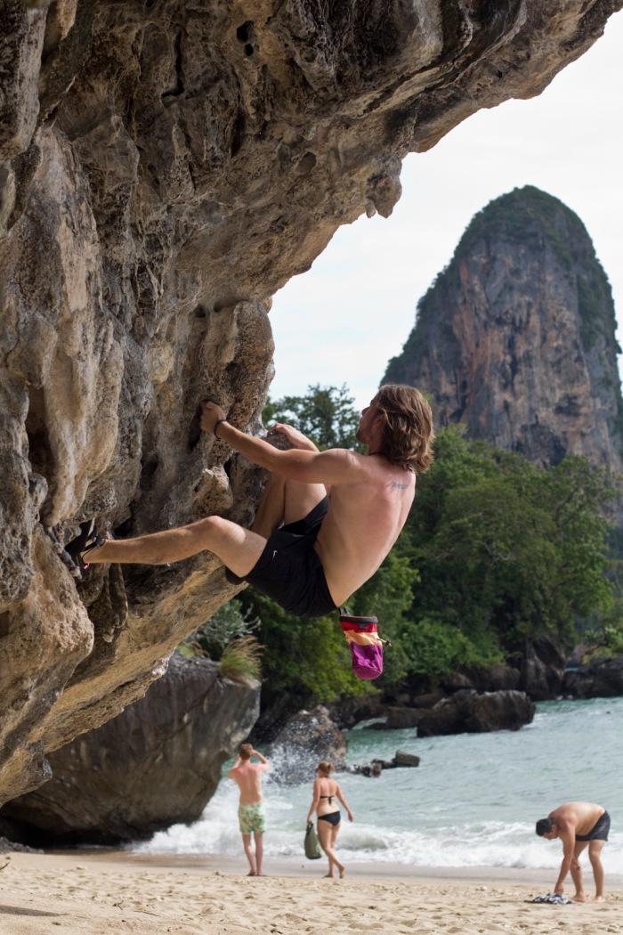 Doing a bit of bouldering ©Jasmin